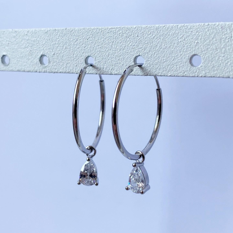 Tiny diamond oorringetjes 925 sterling zilver