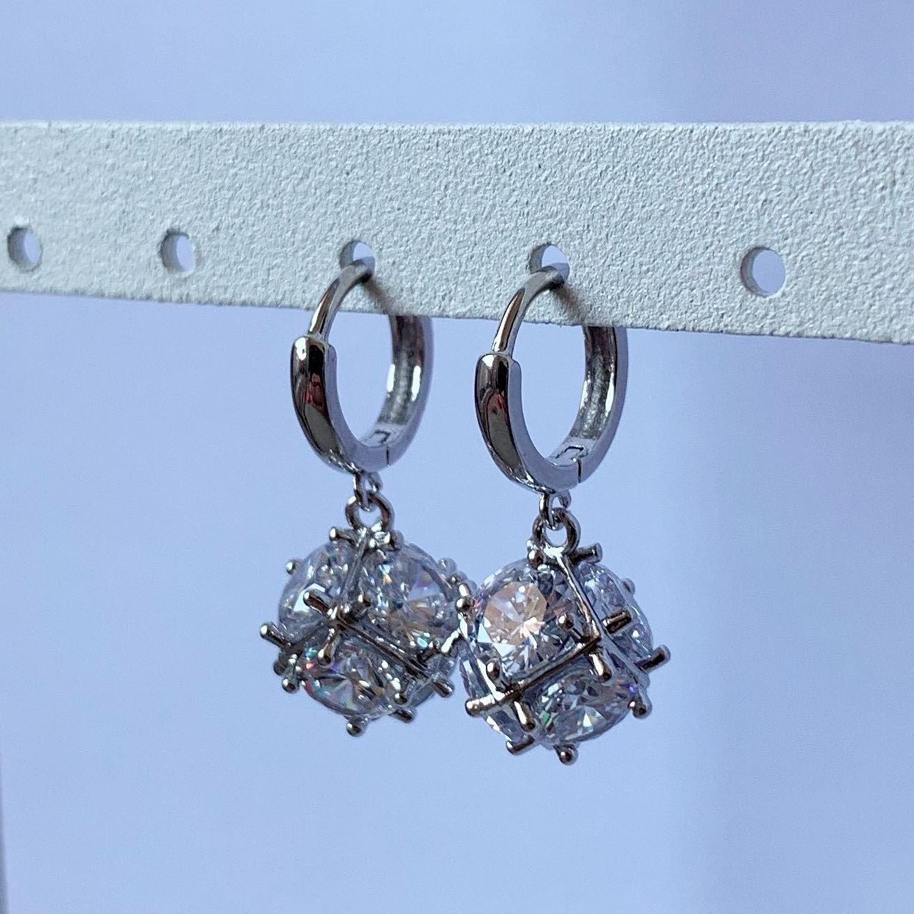 Ronde diamantjes oorringetjes 925 sterling zilver