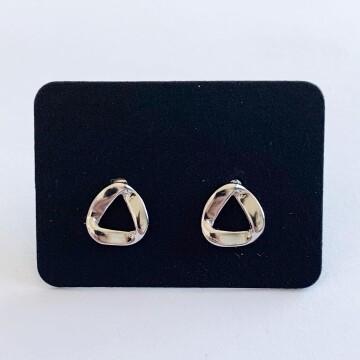 Curvy driehoek oorknopjes 925 sterling zilver