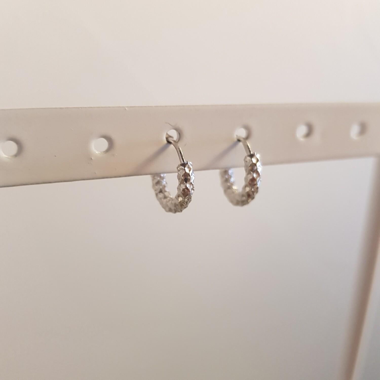 Geribbelde oorringetjes 925 sterling zilver 8 mm