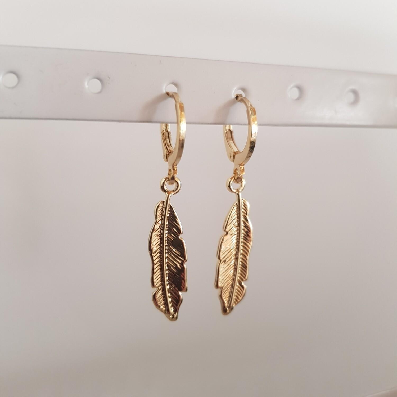 Feather oorbellen goud