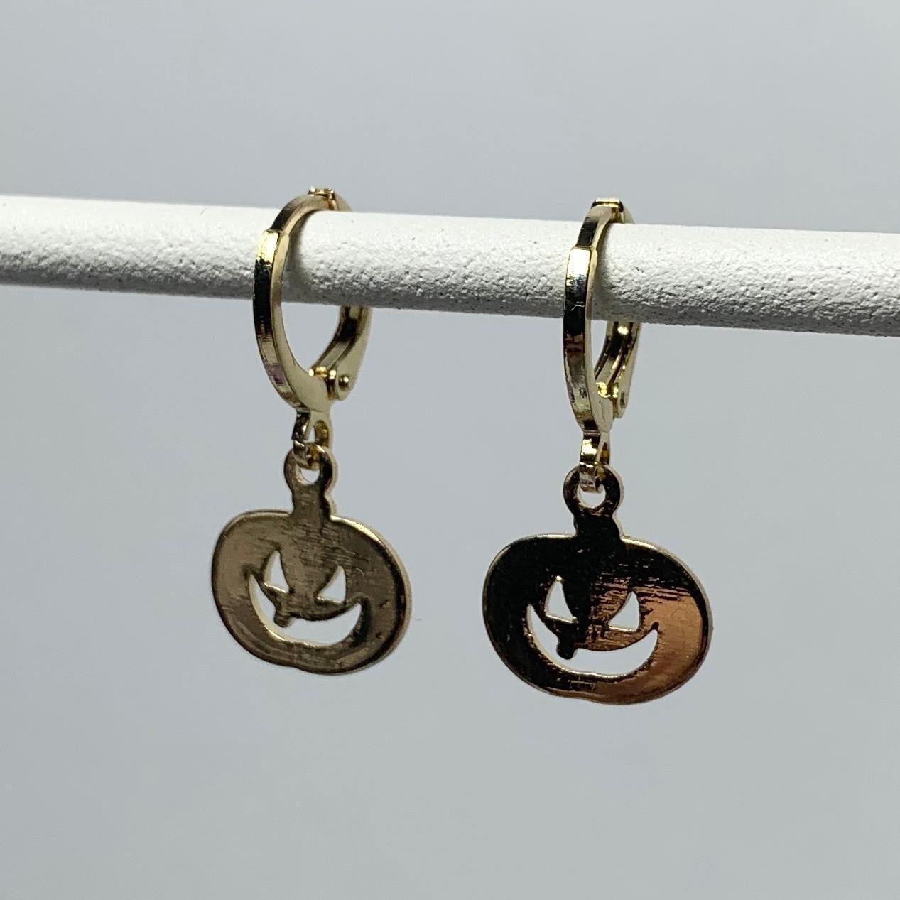 Scary pompoen oorbellen kleur: goud