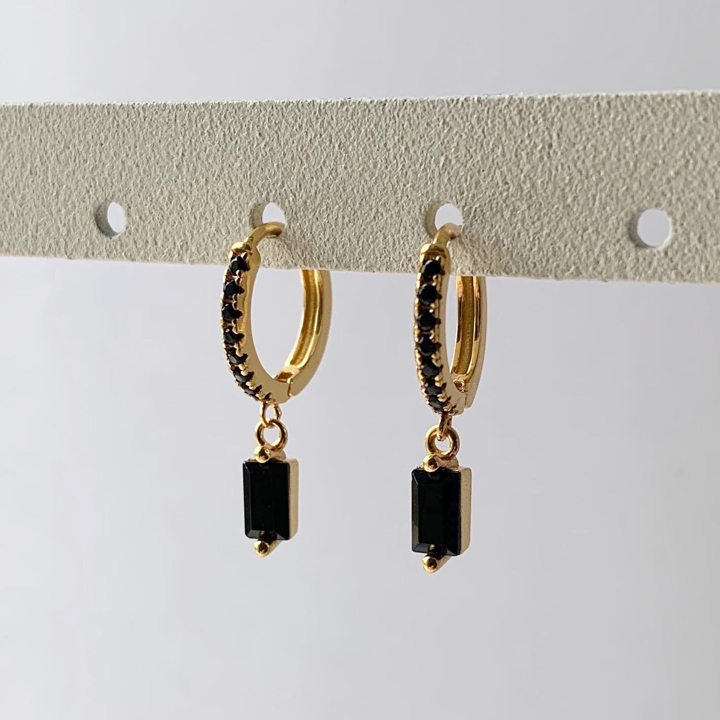 Zwarte staafjes oorringetjes goud/925 sterling zilver