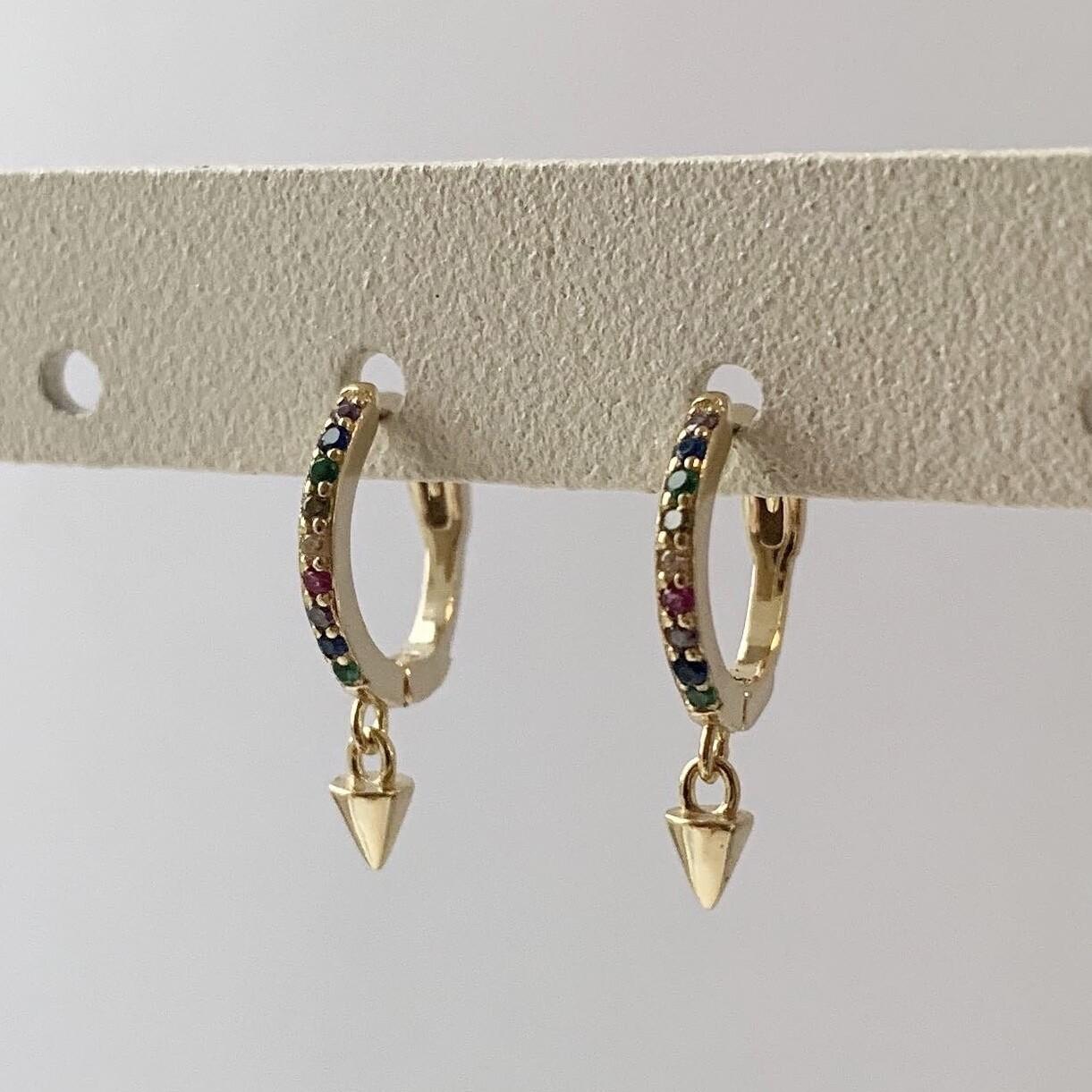 Rainbow oorringetjes met spike hangertje goud/925 sterling zilver