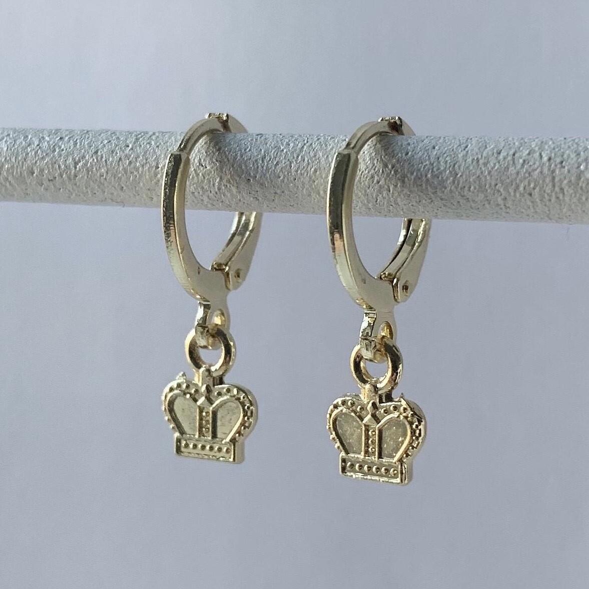 Tiny crown oorbellen goud