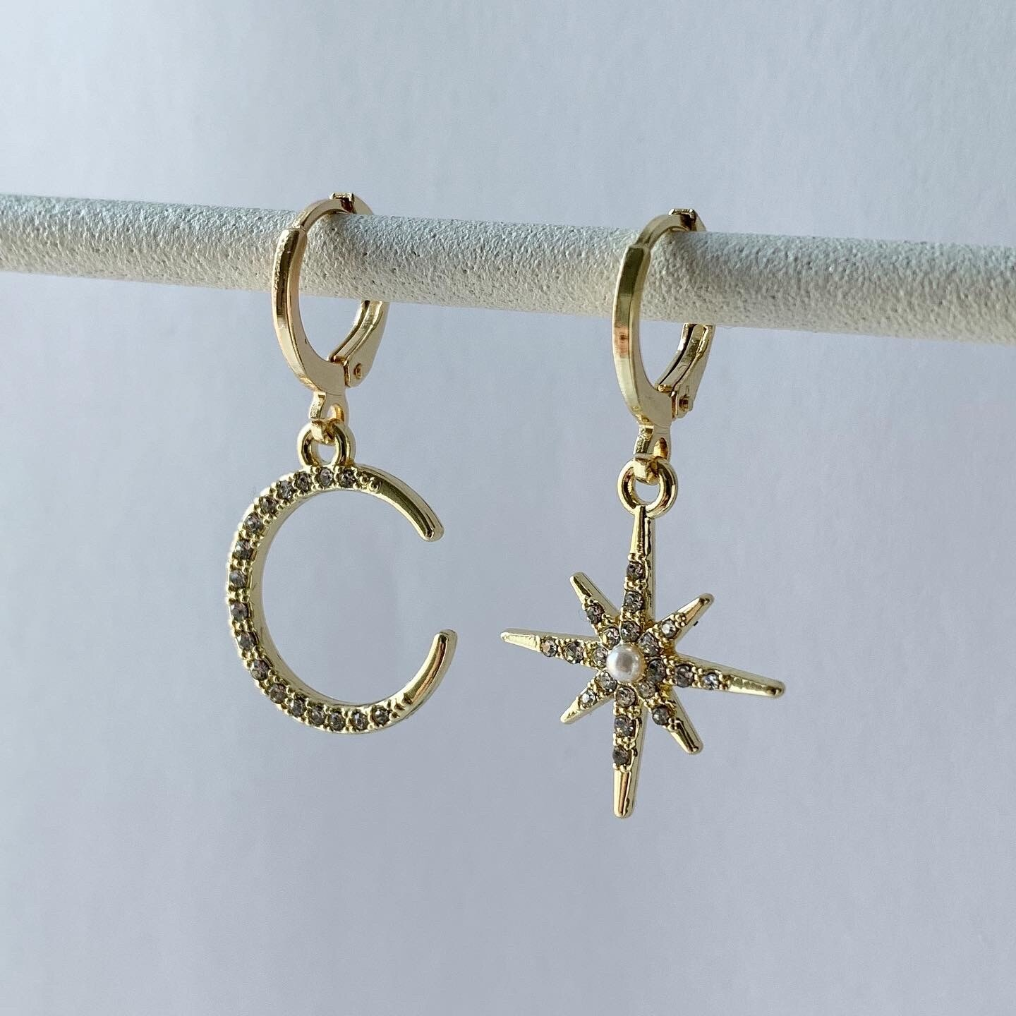 Shiny star & moon oorbellen goud