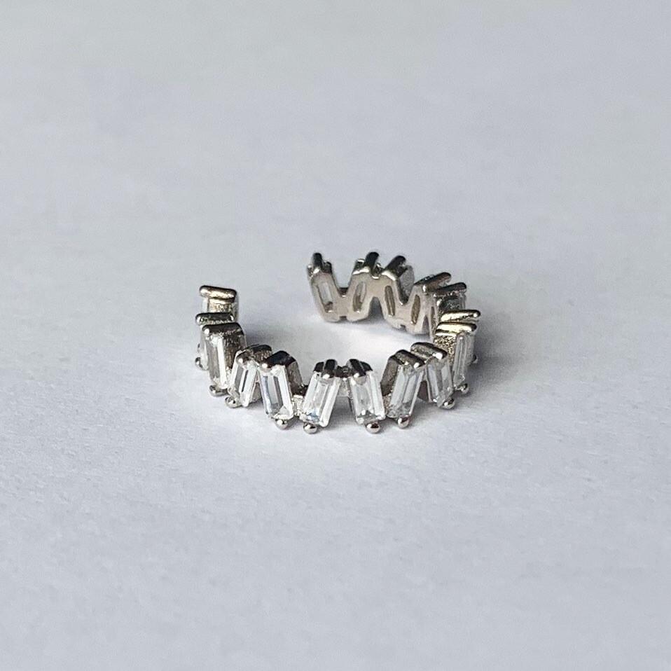 Shimmering stone earcuff 925 sterling zilver per stuk