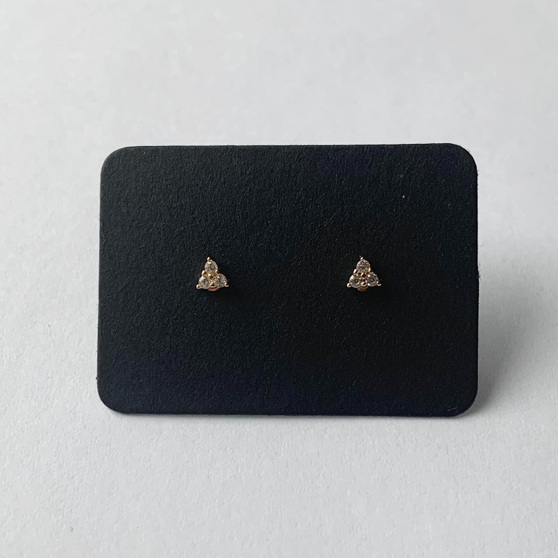 Tiny dots knopjes met strass steentjes goud/925 sterling zilver