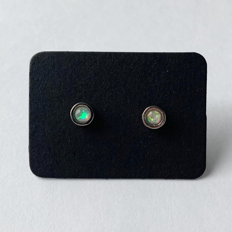 Colorshifting knopjes zilver