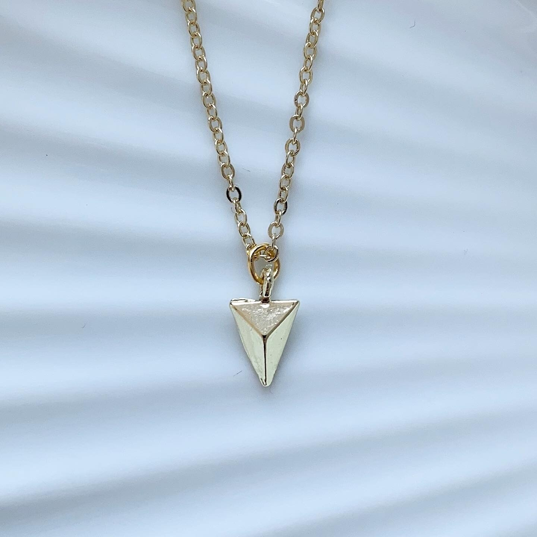 Triangle ketting goud