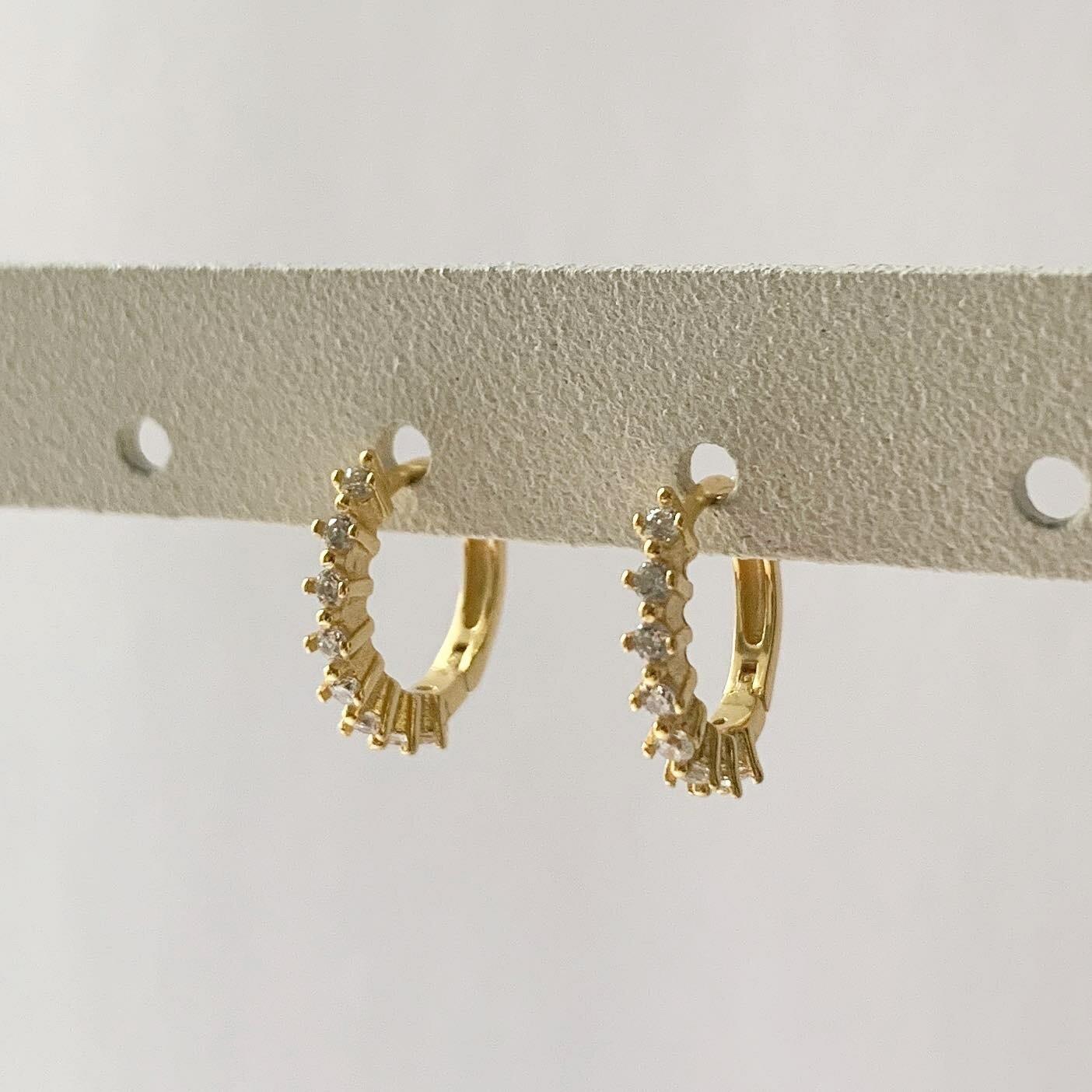 Lovely oorringetjes goud / 925 sterling zilver