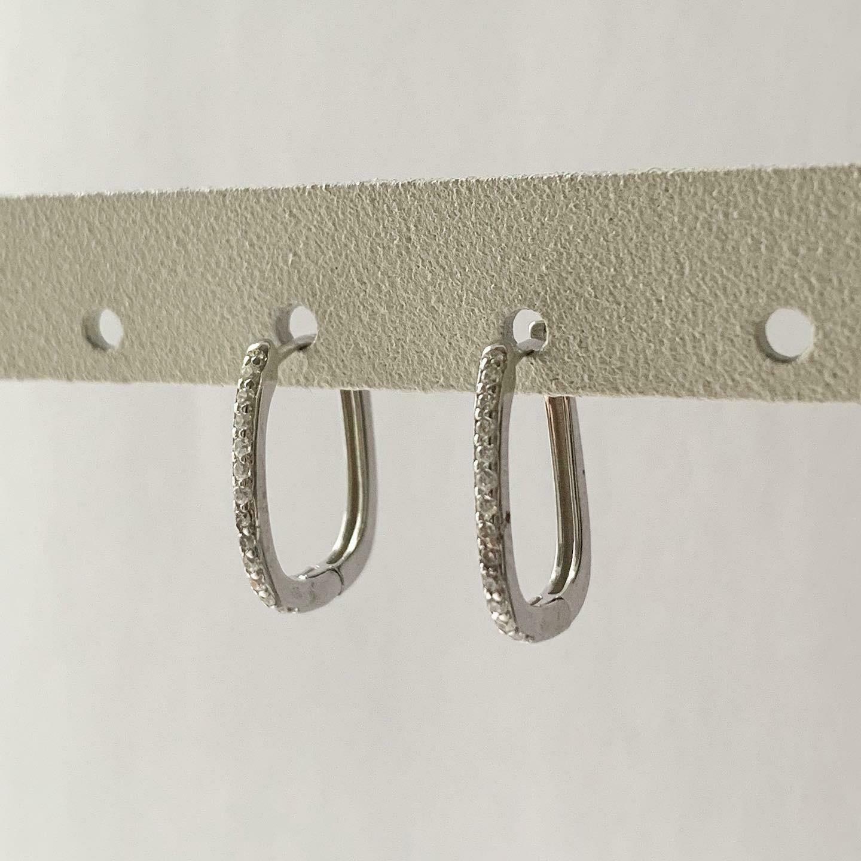 Rectangular oorringetjes met zirkonia steentjes 925 sterling zilver