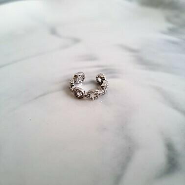 Chain met zirkonia steentjes ear cuff 925 sterling zilver