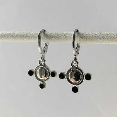 Dots oorbellen zilver
