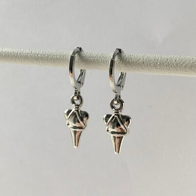 3D triangle oorbellen zilver