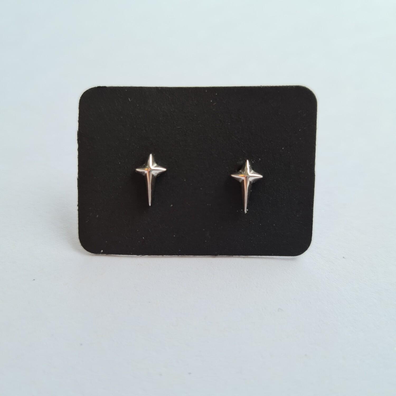Tiny cross oorknopjes 925 sterling zilver