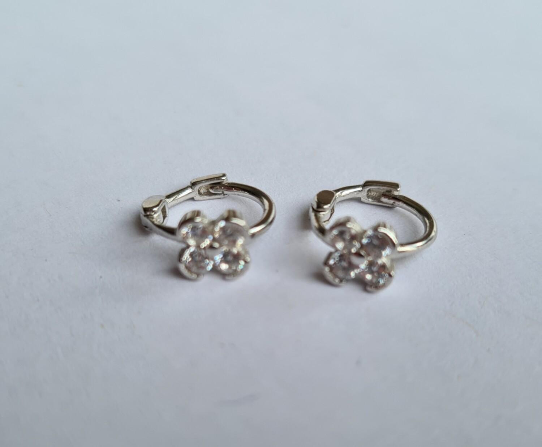 Tiny diamant bloemetje oorringetjes 925 sterling zilver 8 mm