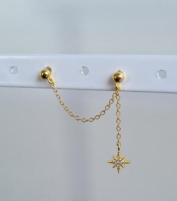 Dubbele knopjes met kettinkje en ster goud/925 sterling zilver.