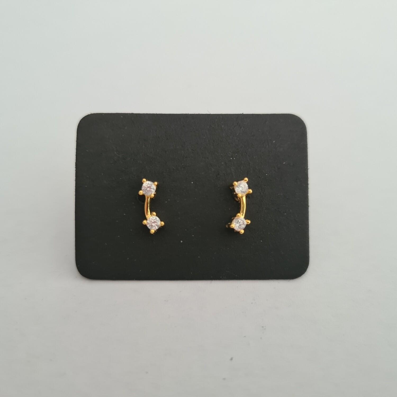 Gebogen staafje oorknopjes met diamante steentjes goud/925 sterling zilver