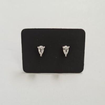 Druppel oorknopjes met diamant steentje 925 sterling zilver