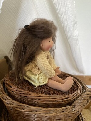 Puppe Klara