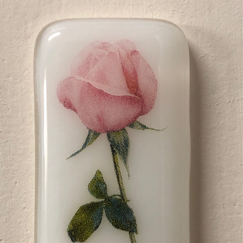 Rose White Pocket Hug