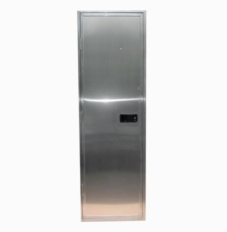 Grooms Door 72 x 32