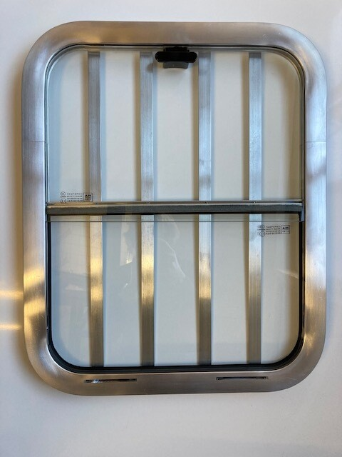 Horse Head Window Vertical Slider WITH Bars 18 x 22