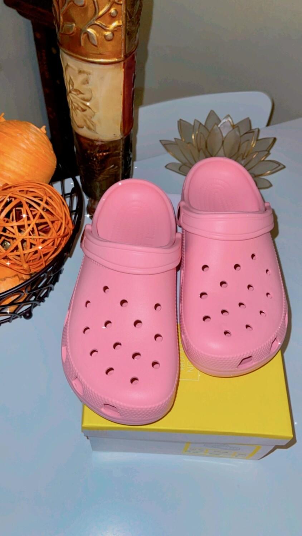 Crocs Pink💕