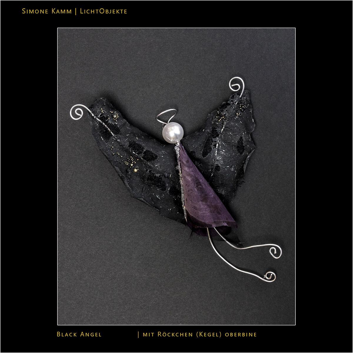 Black Angel mit Röckchen (Kegel)