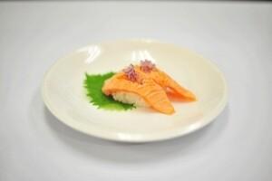 2Pcs Seared Salmon Belly