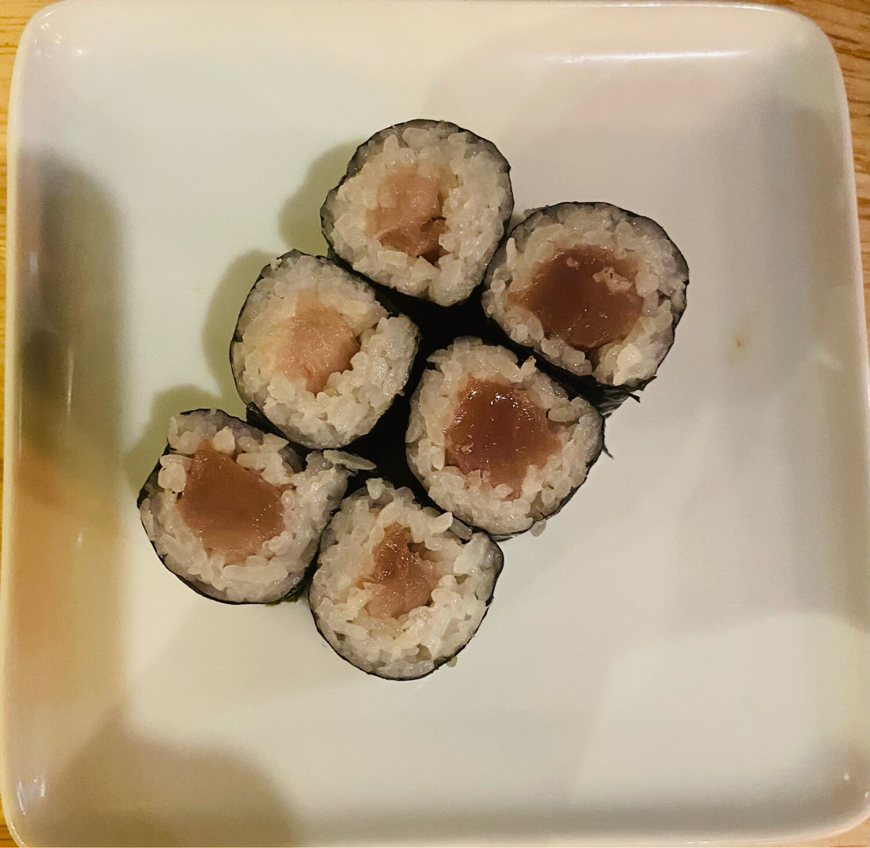 140. Tuna Roll