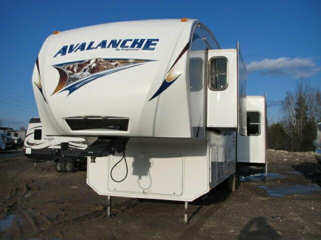 2012 AVALANCHE 345TG BY KEYSTONE RV