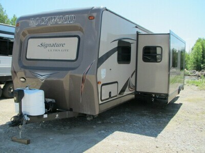 2015 ROCKWOOD SIGNATURE SERIES 8311WS BY FOREST RIVER