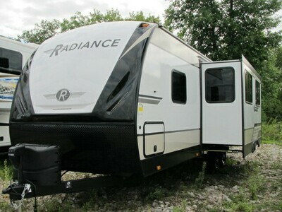 2021 RADIANCE 25RB BY CRUISER RV