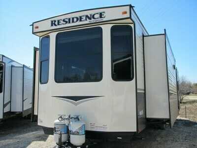 2018 RESIDENCE 40MKTS BY KEYSTONE RV