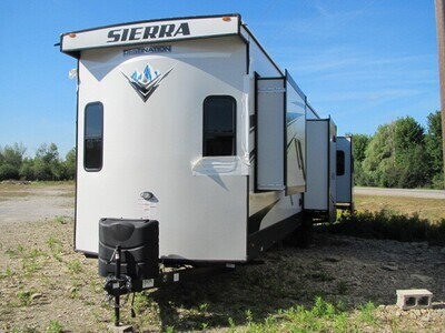 2022 SIERRA 403RD BY FOREST RIVER