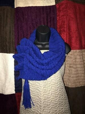 Crochet Keyhole Scarf