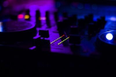 DJ SERVICE RATES