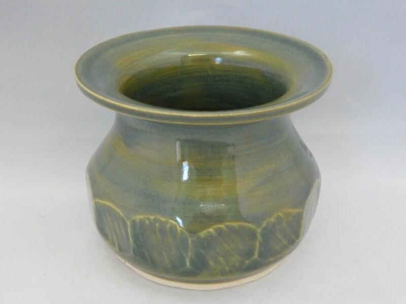 Sliced Green Apple Vase 3 x 3.7 Piece #122