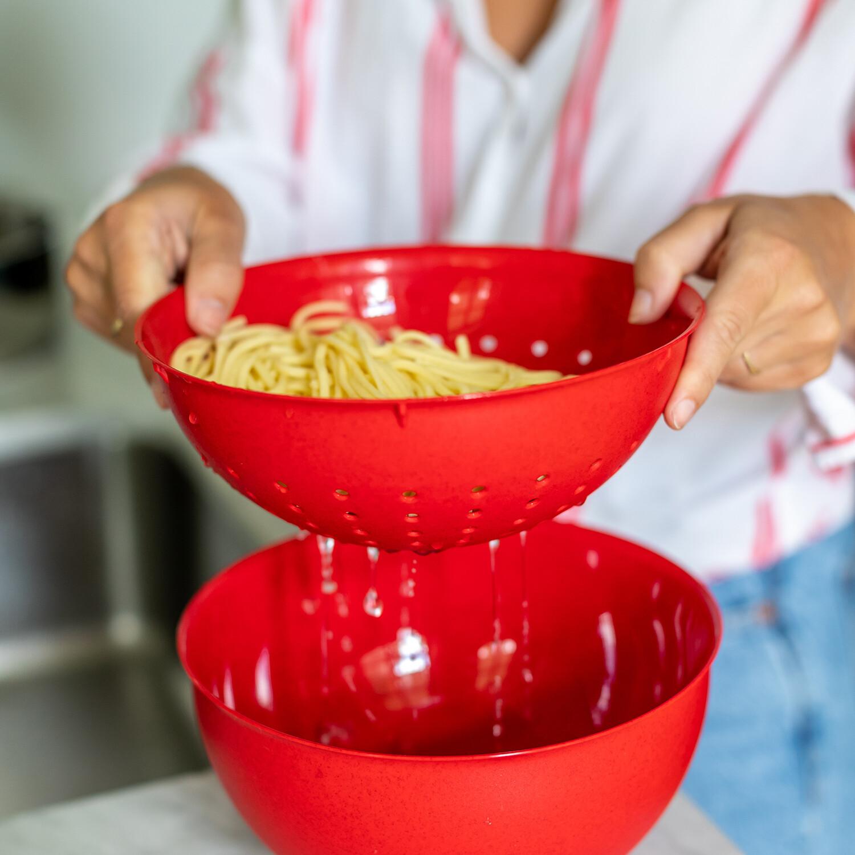 Set bowl + vergiet 2 L  Koziol Palsby rood