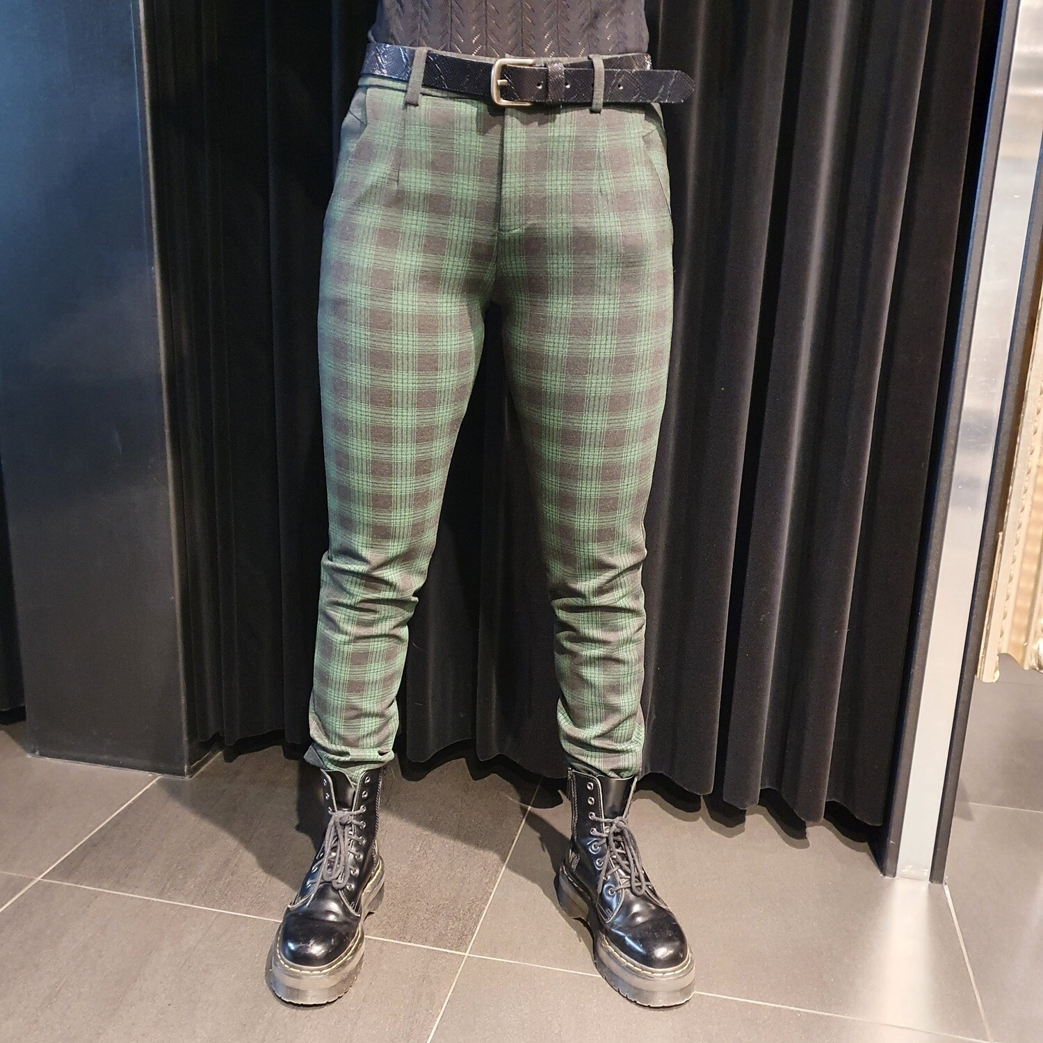 New George Pants Check