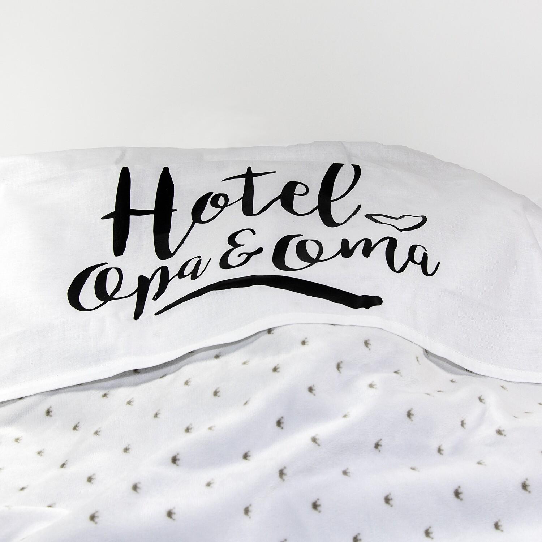 """Ledikantlaken """"Hotel Opa & Oma"""""""
