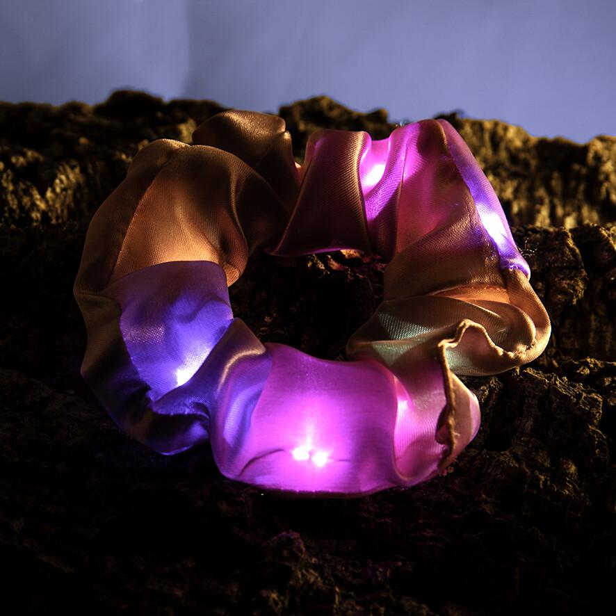Lichtgevende scrunchie - donker roos