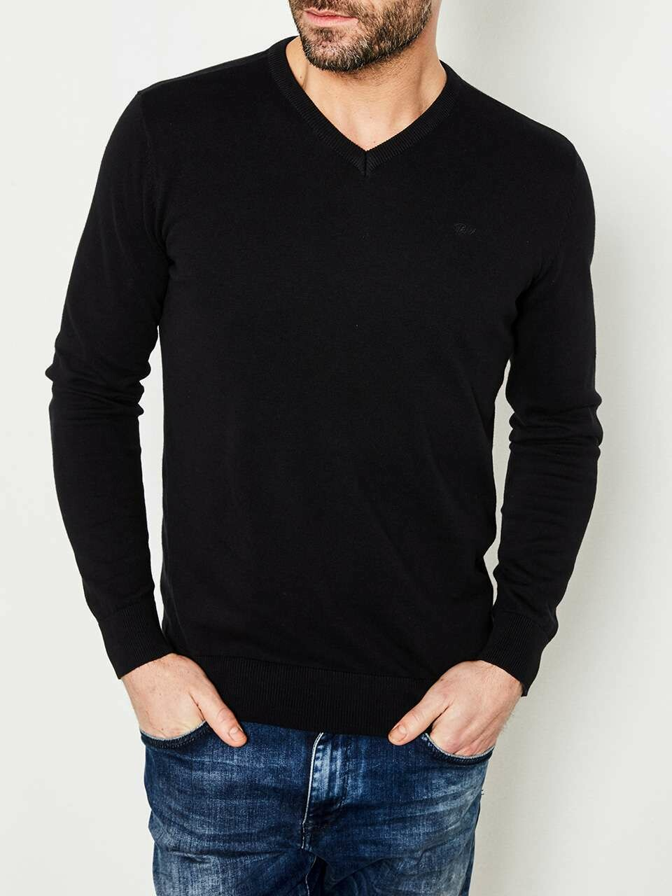 basic knit v neck