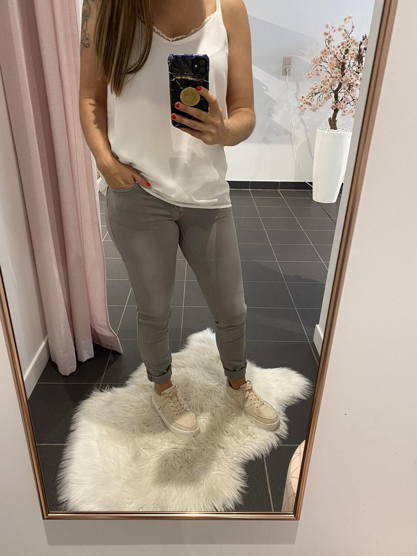 grijze jeans toxik