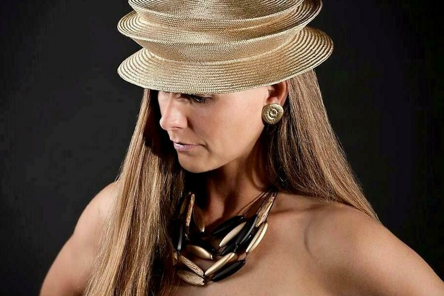 Opvouwbare hoed in parasisal met 2 plooien