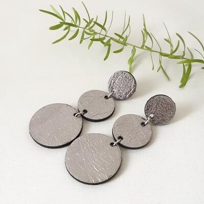 Oorbellen met een zwart randje - zilver