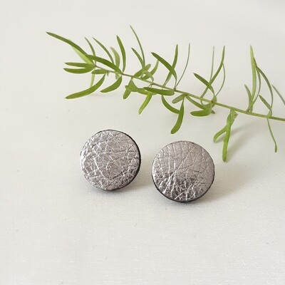 Oorbellen met een zwart randje - zilver - diam: 1,7cm