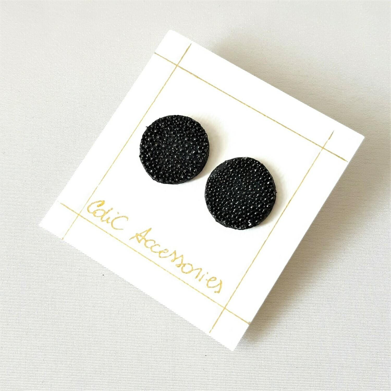 Oorbellen in rog - zwart - rond - steker